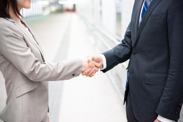 合併や事業譲渡の場合