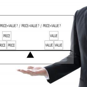 フィンテックの個人向け金融サービスのメリットとデメリットを詳しく解説